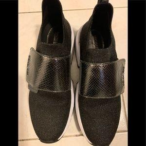 MK sz 8 slide sneakers exc cond